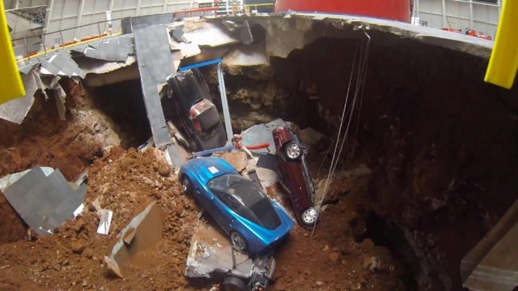 corvette-sinkhole